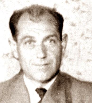 Zoals ik hem het beste ken, onze overbuurman, Ber Caris (50)... vader van Gerard, Rini, Bert, Henk, Riek en Hans... Werkte vroeger net als zovele bij de ... - indu0623